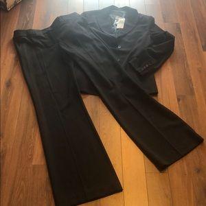🆕 BCBGMAXAZARIA Black work office 2 Piece Suit